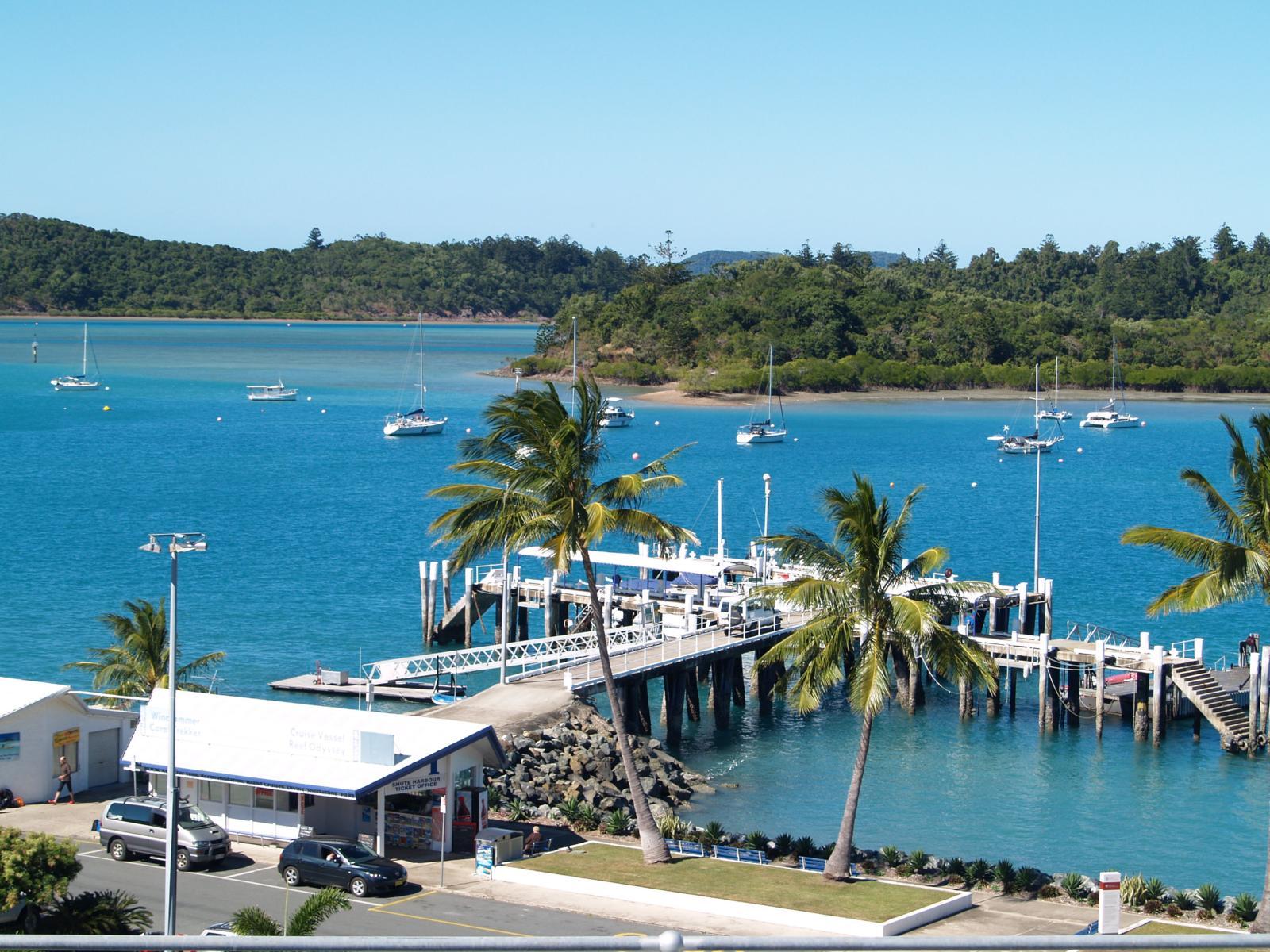 Gateway to the Whitsunday Islands