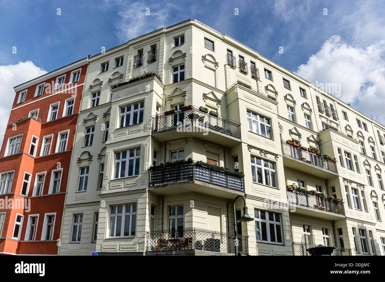 Das Beste Stucco Apartment Stockfotos Stucco Apartment Bilder Alamy In Diesem Monat