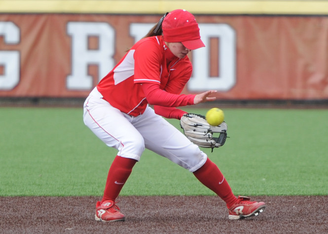 The softball team will play both Brown and Yale twice this weekend.