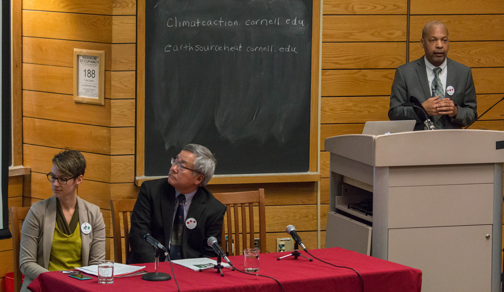 Panelists discussed various options for achieving carbon neutrality by 2035 at a forum Monday.