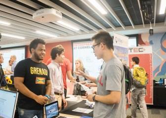 MilesAhead member speaks to students at Entrepreneurship Kick Off.