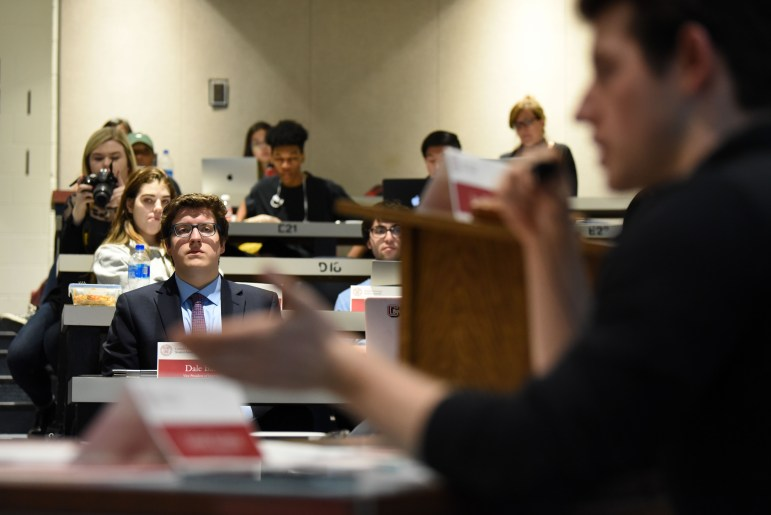 On Thursday, the Student Assembly criticized CUTonight for failing to comply with constitutionally mandated procedures and rejecting funding applications on allegedly discriminatory bases.