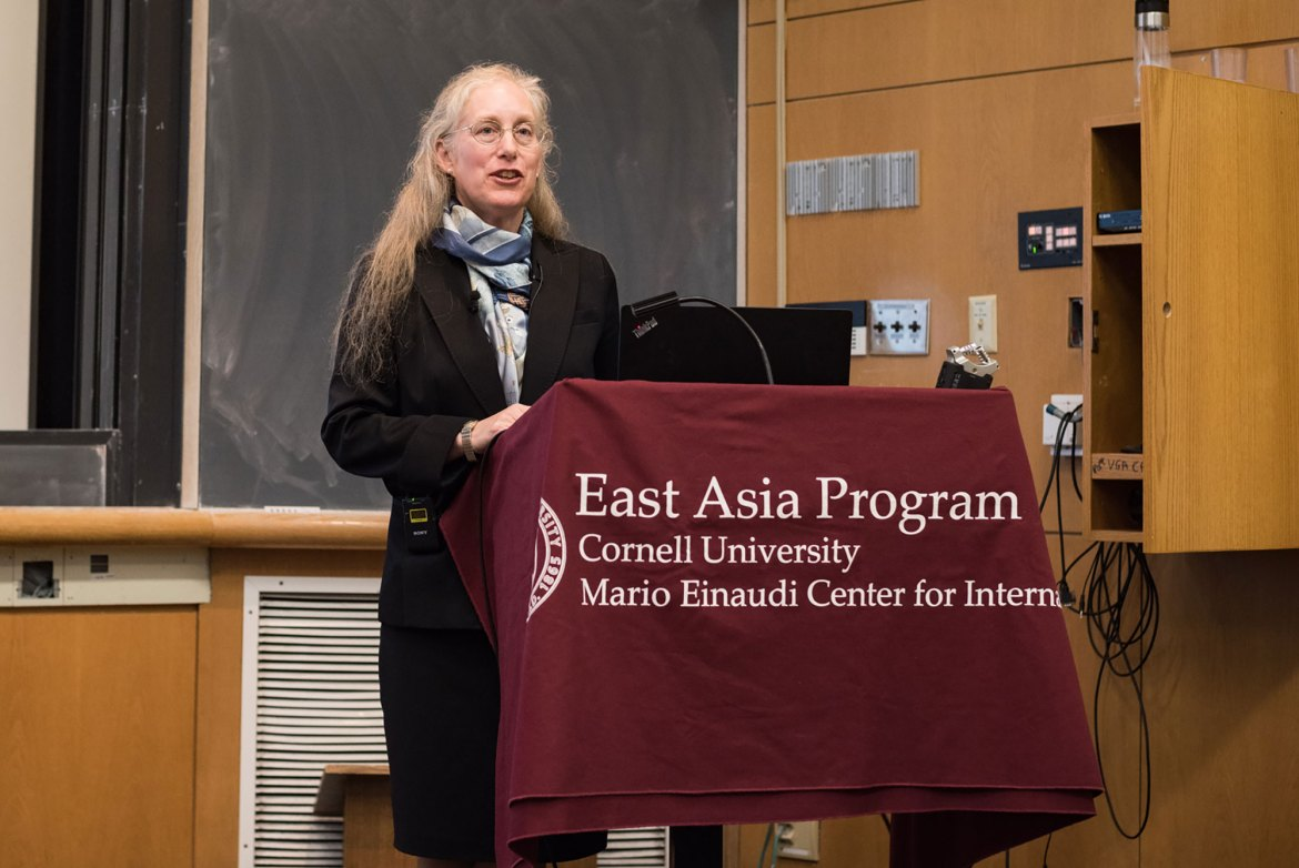 Prof. Karen Eggleston of Stanford delivers a lecture on difficulties facing the Chinese healthcare system.