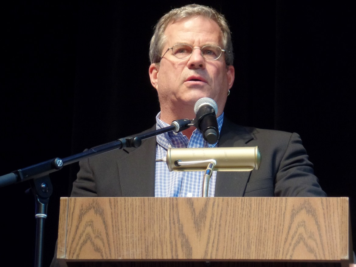 Sam Quinones speaking at an event in 2015.