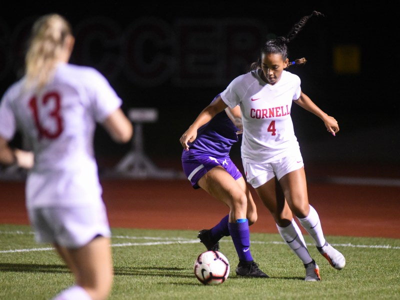 The team couldn't obtain its fourth win over the weekend at St. John's. It will enter Ivy play with a record of 4-2-1.