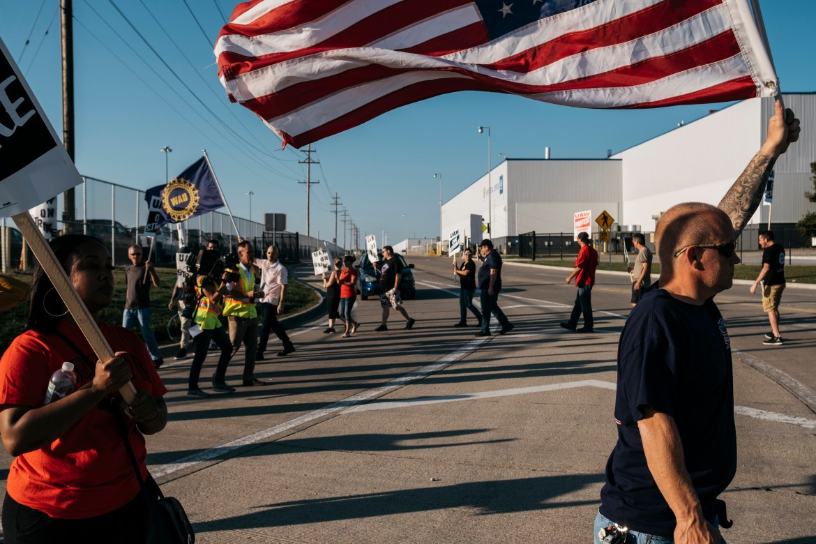 United Automobile Workers union members and supporters picket outside the General Motors Flint Metal Center in Flint, Mich., on Wednesday, Sept. 18, 2019. The UAW strike has begun to have an effect on the company's suppliers and its operations in Canada. (Erin Kirkland/The New York Times)