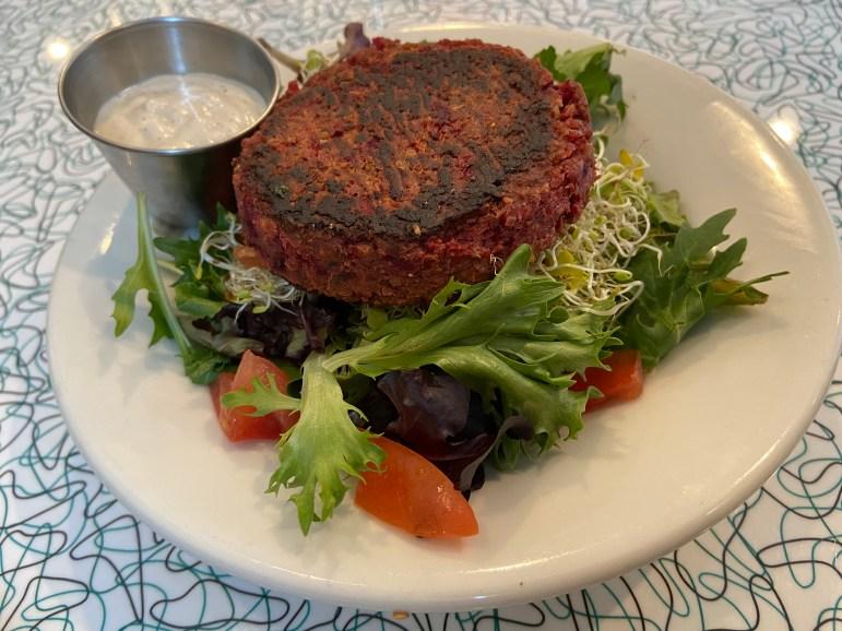 DINING.beet_burger1