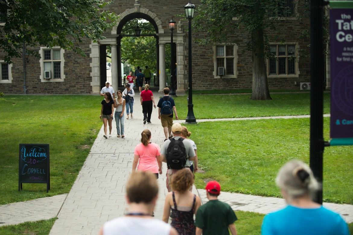 The Class of 2021 and their families make their way across the Balch quad on freshman move-in day, August 18th, 2017. That class year now faces a drastically different senior year.