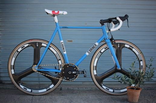 ks_track_cornerbikes_00