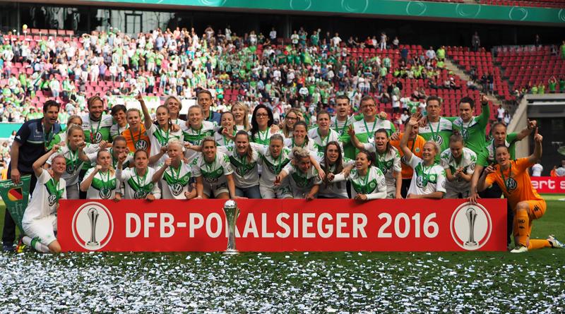 Zsanett Jakabfi schießt Wolfsburg zum dritten Pokaltitel