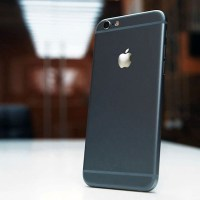 The iPhone 6 is DOA and the iPhone 6 Plus is the killer