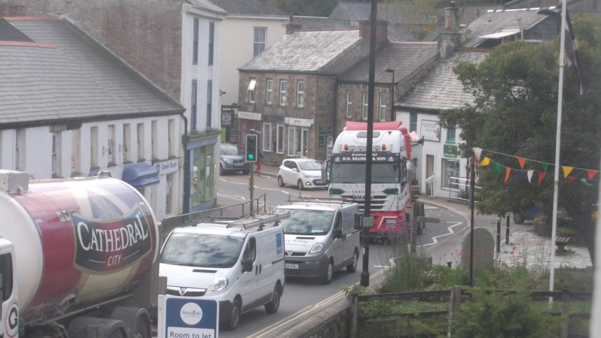 Scott Mann launches petition for Camelford Bypass