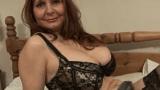 Coroa Soteira Gostosa mostrando suas qualidades na frente da Webcam