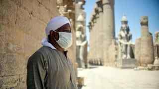 """مصر.. خطوة """"غير مسبوقة"""" لمكافحة كورونا"""