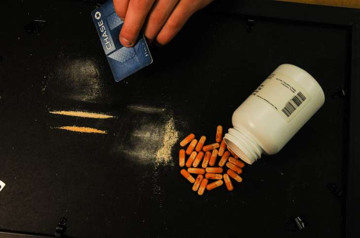 how to snort adderall to get high