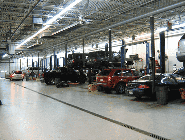 Car Maintenance Bay Cleaning in the Grand Rapids area