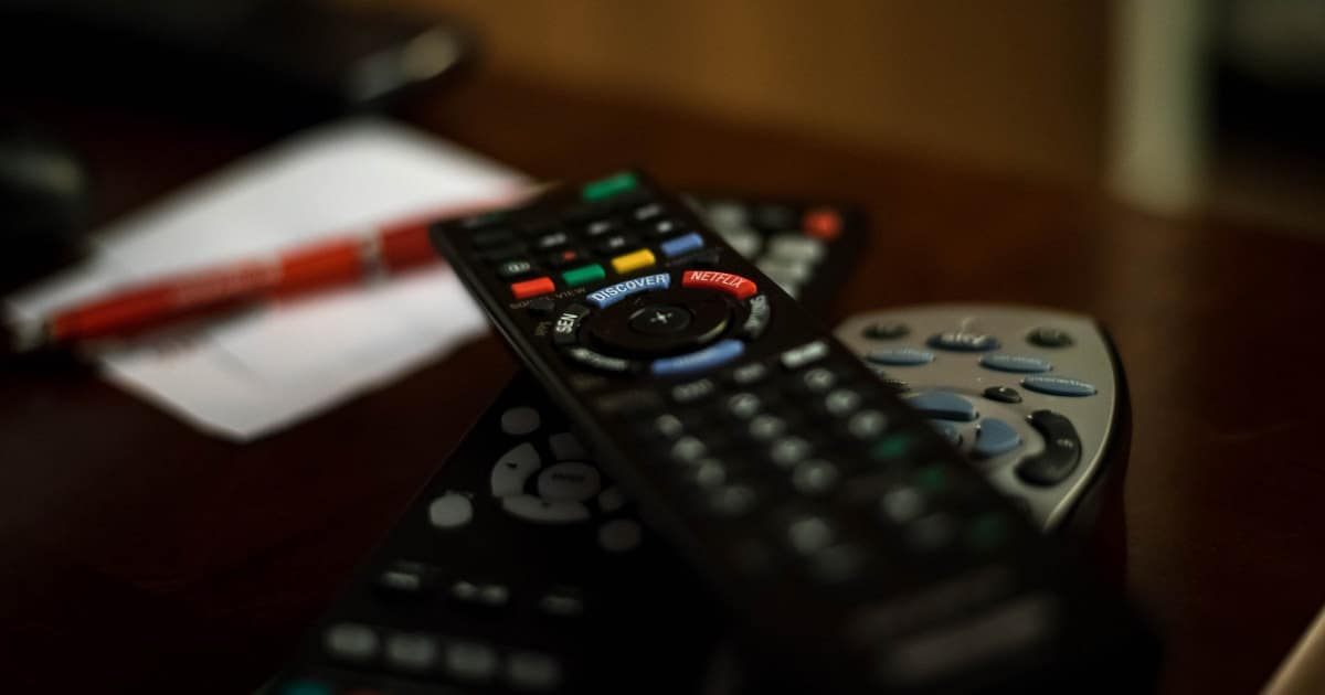 how to cut the cord - image of a cable remote