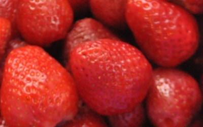 Strawberry kefir and chia vegetarian pudding