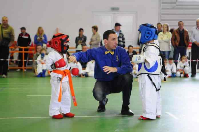 Compétition de taekwondo enfant