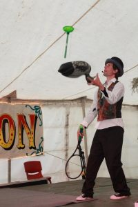 Jay the juggler