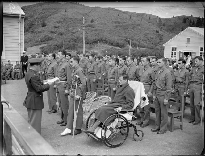 Marines receiving Purple Heart, Silverstream Hospital 1943