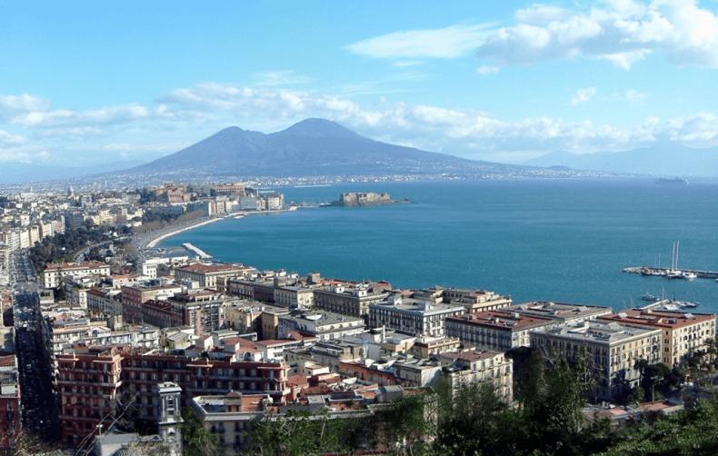 le più belle citta italiane da visitare, italia, città, sfondo hd, napoli, vesuvio, vacanze in Italia