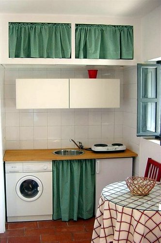 Cocina de apartamento en el Corral del Conde