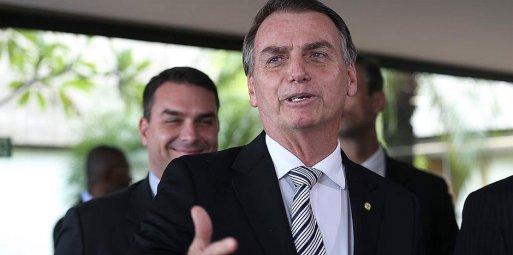 Resultado de imagem para Bolsonaro diz que vai fiscalizar prova do Enem antes de aplicação