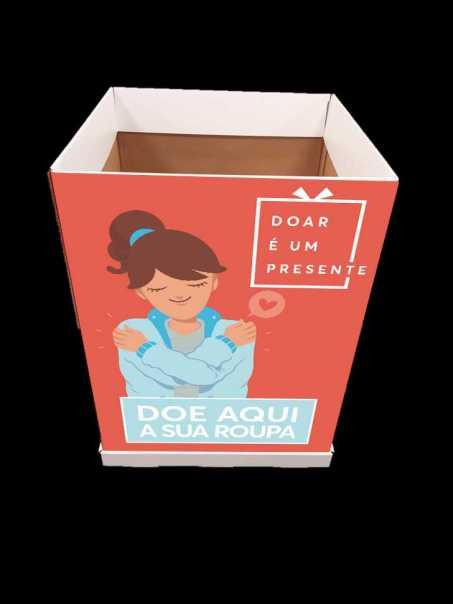 Farmácia faz campanha para arrecadar doação de roupas na Bahia