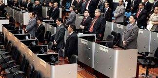 Vereadores aprovaram medidas que beneficiam servidores municipais/Foto: Tiago Correa