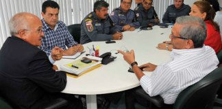 Vice José Melo, com a cúpula da segurança do AM/Foto: Alfredo Fernandes
