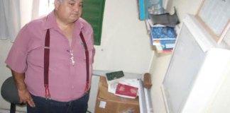 Vereador Waldemir José fiscaliza UBS, em Manaus/Foto: Ademir Jacson