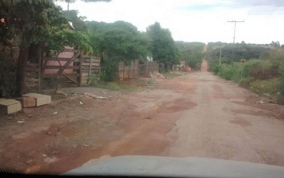 Moradores de São Brás de Minas sofrem com a falta de manutenção das ruas; Lagamar recebeu R$ 500 mil de IPVA em 2017