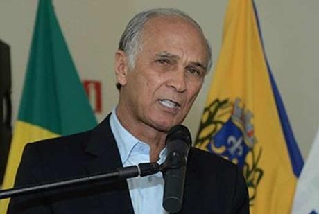 """""""Me botaram para fora do governo"""", diz Antônio Andrade sobre rompimento com Pimentel"""