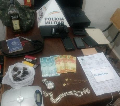 Casal é preso em Guarda Mor por tráfico de drogas