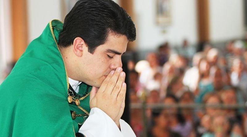 FESTA DA LAPA 2019: Missa com Padre Robson será transmitida ao vivo de Vazante para todo Brasil