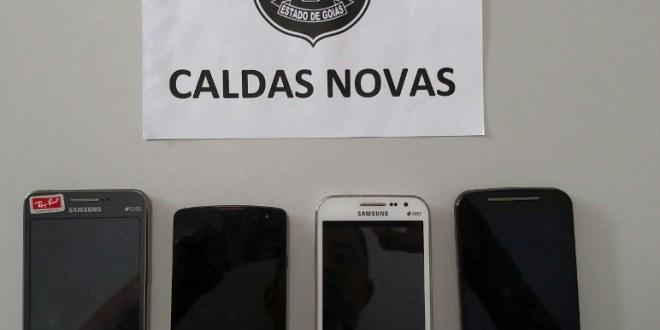 Polícia Civil recupera smarthphones roubados e prende um suspeito