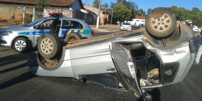 MAIS UM… Acidente de trânsito no perímetro urbano de Morrinhos!!!