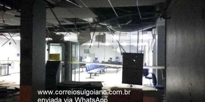 MAIS UM… Homens fortemente armados explodem Banco do Brasil em Pontalina