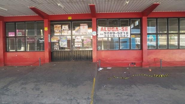 Lojas tradicionais deixam de funcionar