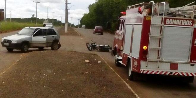DE NOVO! Carro x Moto: Motociclista colide em veículo e fica gravemente ferido em Morrinhos