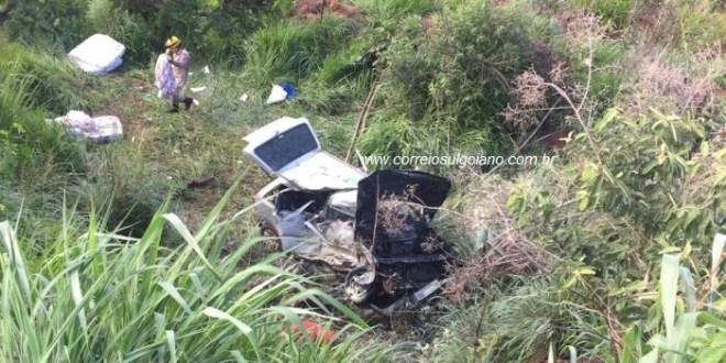 Pai e filho que estavam em Morrinhos morrem ao retornar para Caldas Novas, em acidente de trânsito