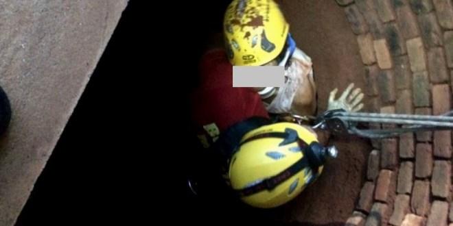 Corpo de Bombeiros resgata mulher de 77 anos de dentro da cisterna em Pontalina
