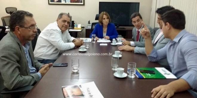 Governo de Goiás mantém decisão de fechar subsecretarias, mesmo após pedido de prefeitos e deputados