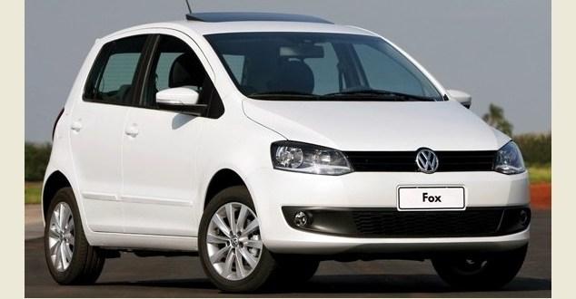 VW Fox é roubado em Morrinhos: Casal é obrigado a seguir com ladrões até o trevo de Goiatuba, onde foram liberados