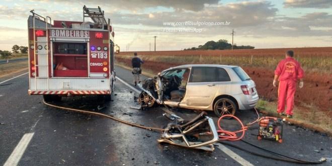 Morte em Morrinhos: Foi na BR-153 após grave acidente entre dois carros, próximo à Usina CEM