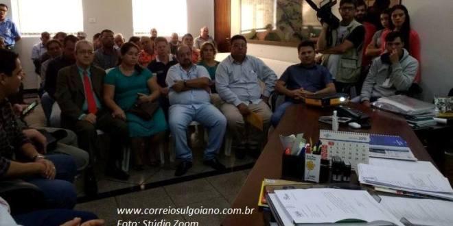 COMBATE AO AEDES AEGYPTI: Prefeitura junta comunidade organizada e pede ajuda para multiplicar informações