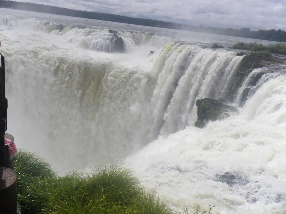 Ontem fui ver as Cataratas do Iguazú... (2/6)