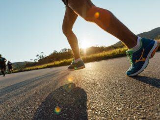 Corredor em um trecho da Mizuno Uphill Marathon 2016