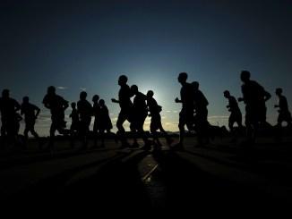 Corredores da Maratona do Rio de Janeiro na edição de 2017